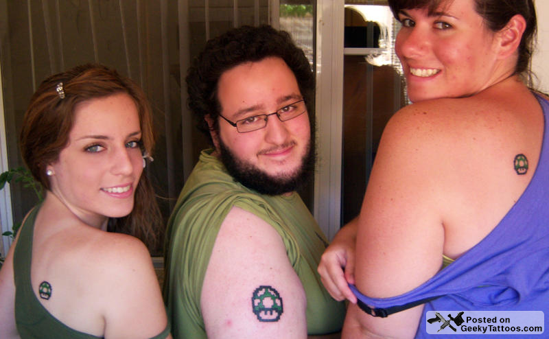 siblings-with-1up-tattoos.png